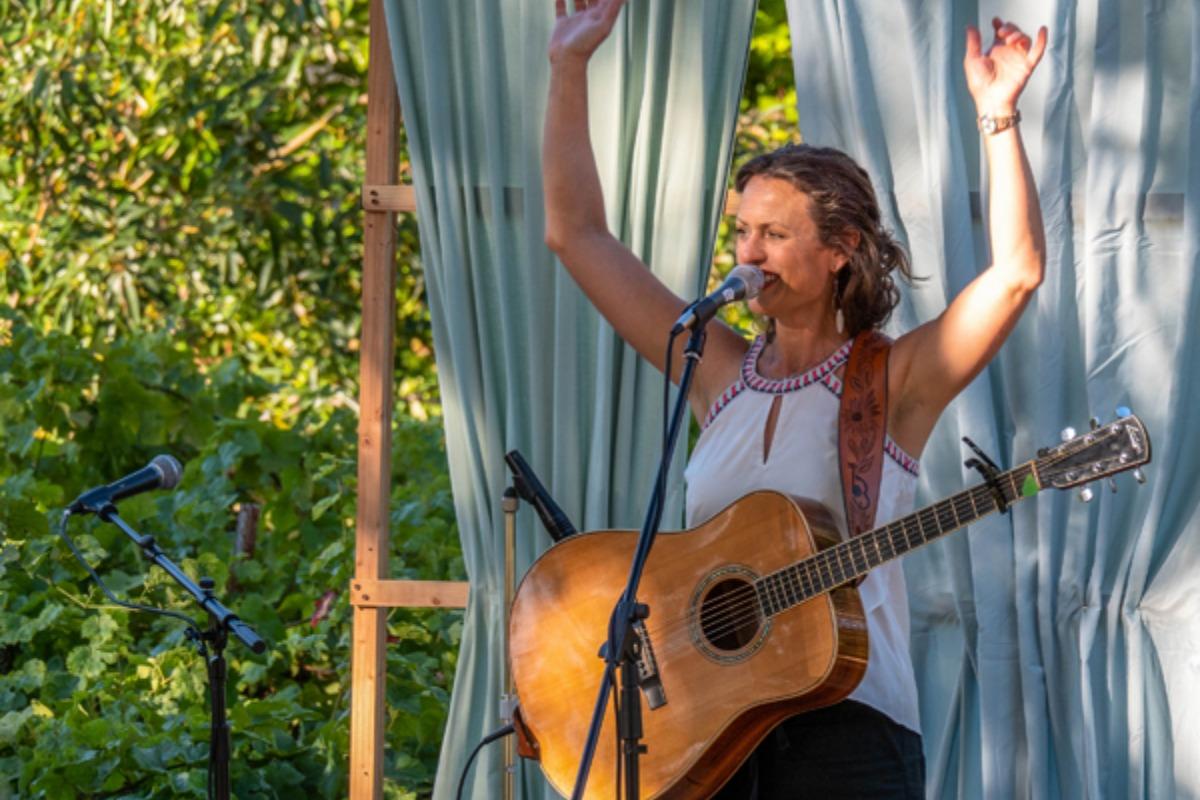 2019 Harris Bridge Folk Festival, Aug. 16-18, Philomath, Oregon