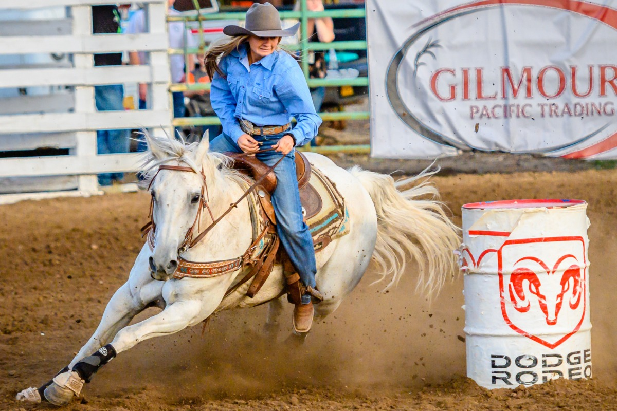 Barrel Racing at Benton County Fair