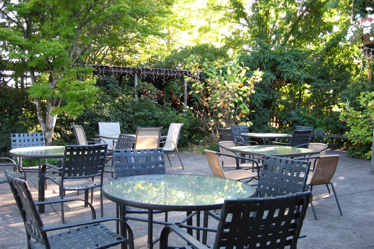 Clubhouse Outdoor Patio