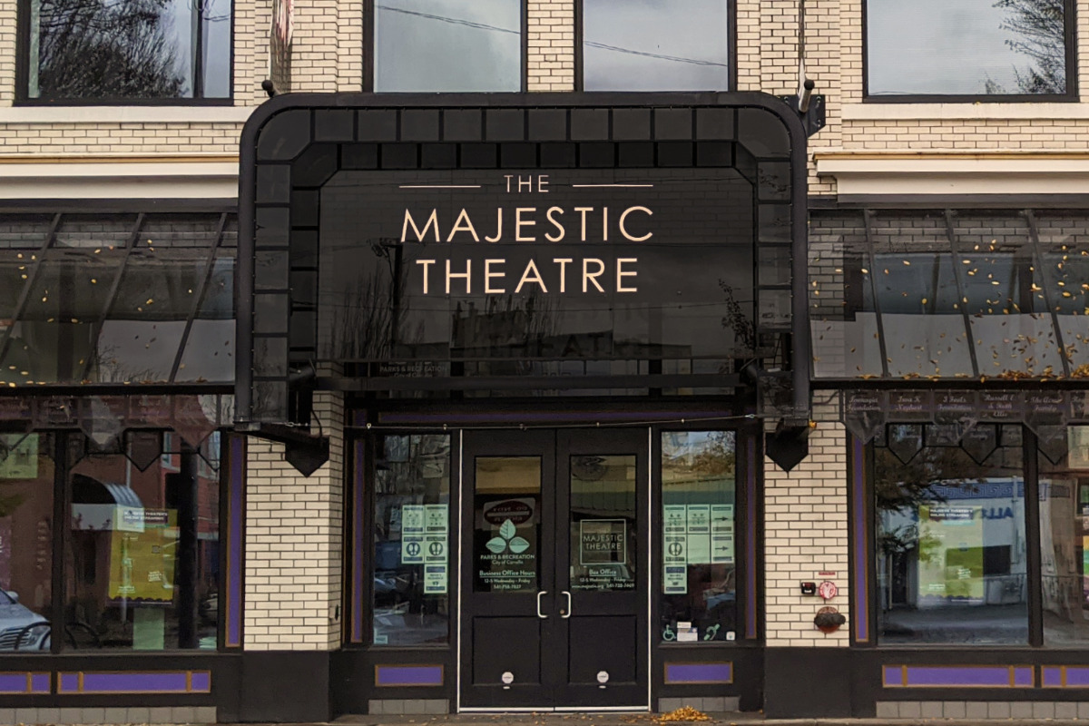 The Majestic Theatre, in Corvallis, Oregon - The front entrance of the Majestic Theatre, showcasing their new marquee