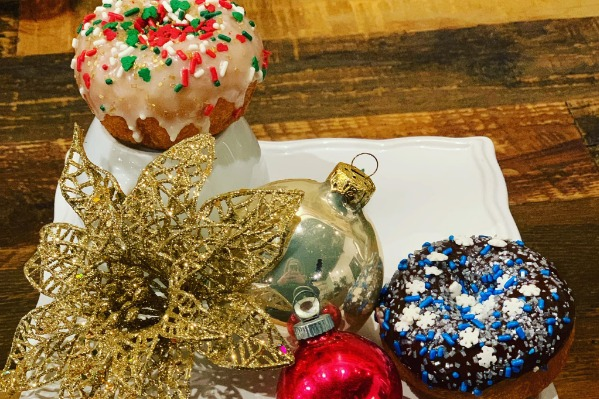 Decorate Your Own Donut at Benny's Donuts in Corvallis, Oregon