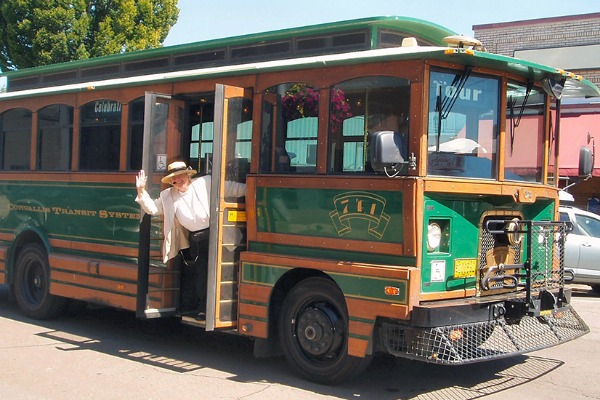 Historic Homes Trolley Tour in Corvallis, Oregon